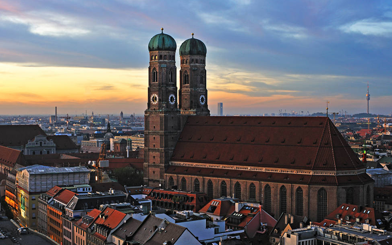 munich-frauenkirche_04