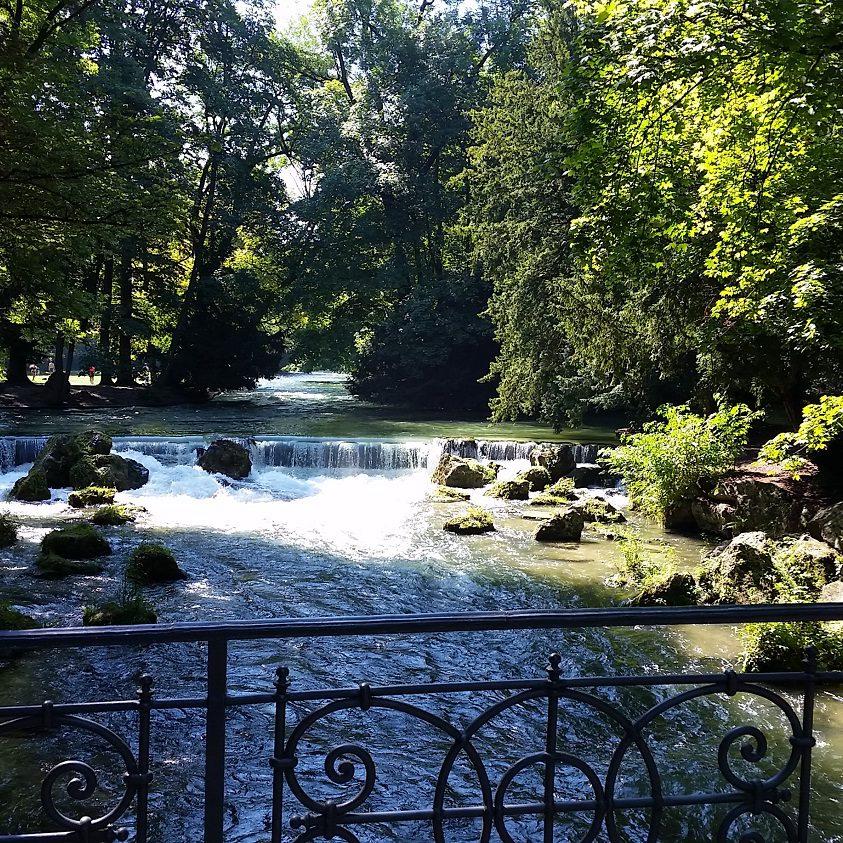 Cascata del Giardino inglese