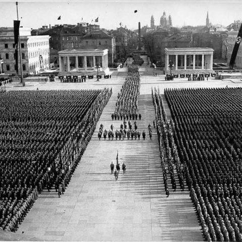 Parata militare nell'anniversario del Putsch (1936)